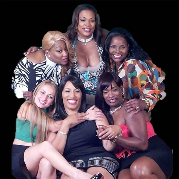 REAL MOMMAS with Gina James