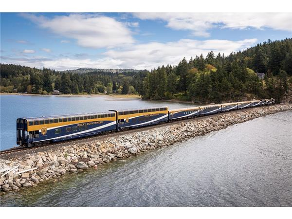 Big Blend Radio: Luxury Rail Travel on Canada's Rocky Mountaineer