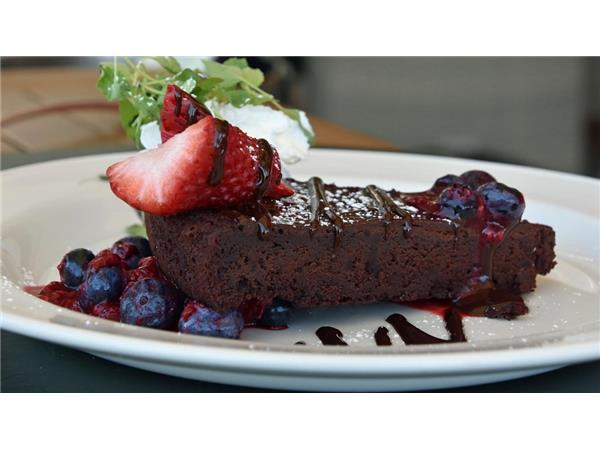 Big Blend Radio: Flourless Chocolate Cake with Chef Jeremy Manley